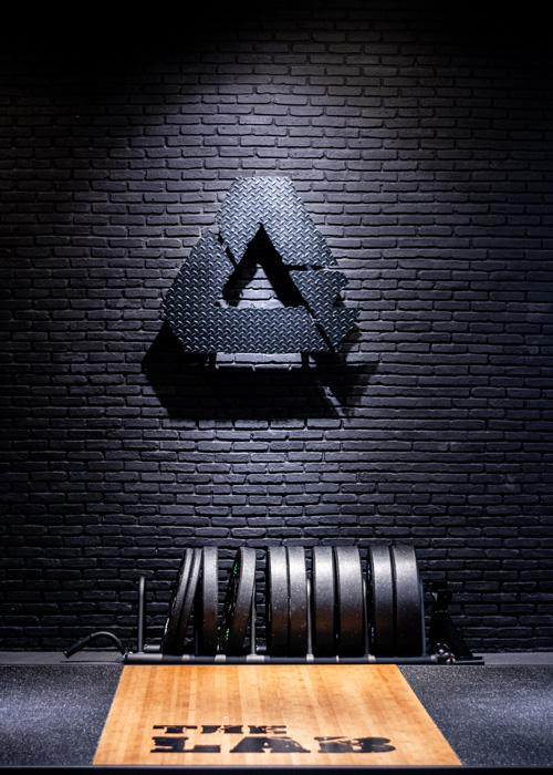 The-Lab-Bangkok Gym Fitness Club---Logo-Floor---57