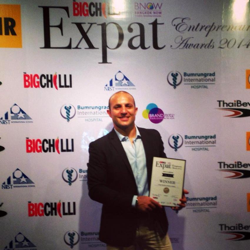 The-Lab-Bangkok-Gym-Fitness-Club---Rich-Best-Entrepreneur-Award--SQ